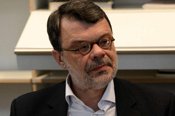 Daniel Barbu, fost preşedinte al Autorităţii Electorale Permanente, candidează pentru Parlamentul European