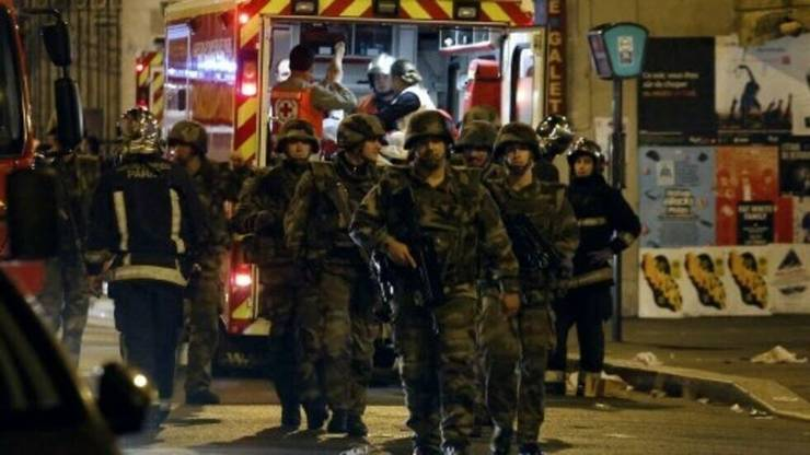 Atentatele de la Paris si Saint-Denis din seara de 13 noiembrie 2015 au fàcut 130 de morti si peste 400 ràniti.