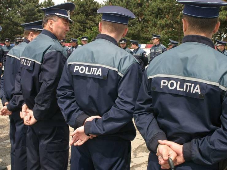 Polițiștii vor avea camere video atașate uniformei (Sursa foto: Facebook/Sindicat Europol)