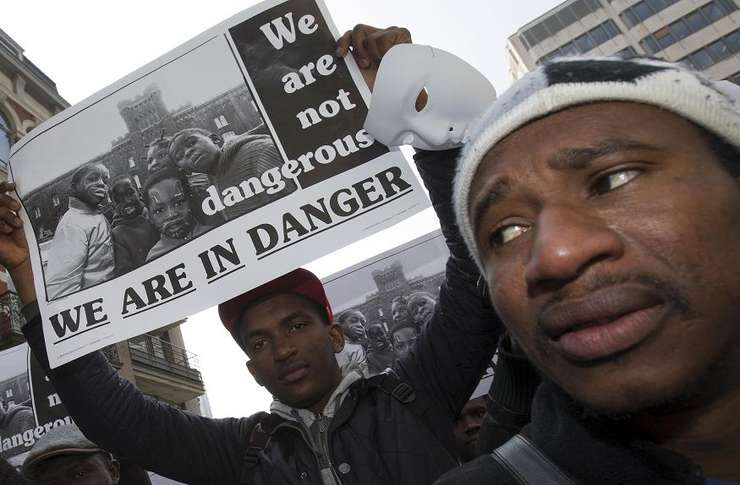 Imigranţi protestează la Bruxelles (Foto: Reuters/Yves Herman)