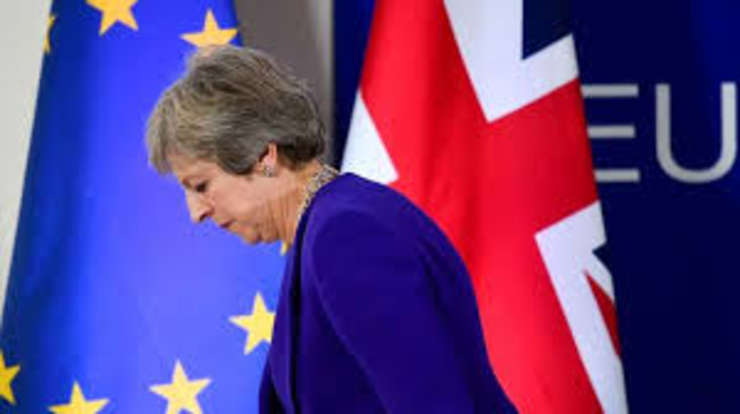 Theresa May supravietuieste politic. Va reusi la summitul din Bruxelles sa renegocieze acordul Brexit?
