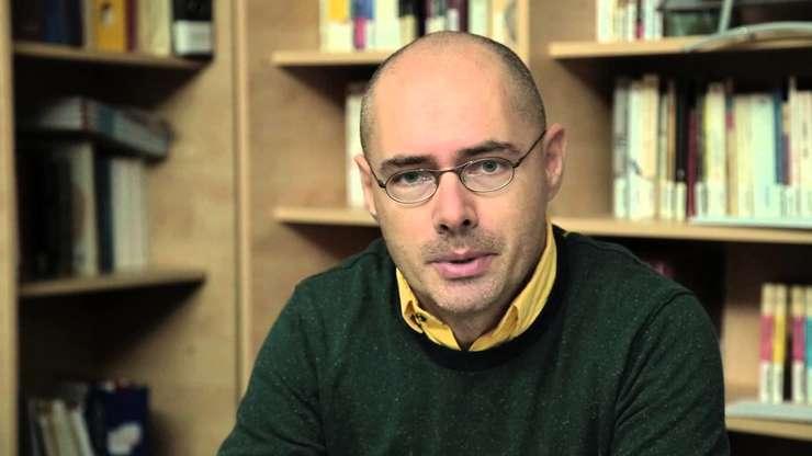 Florin Buhuceanu, Accept: Este moral necesară legea parteneriatului civil