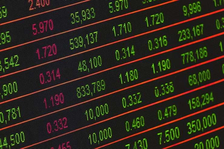 Măsurile fiscale anunţate de Guvern au efecte asupra Bursei (Sursa foto: pixabay)
