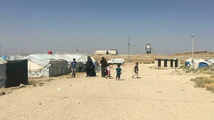 In lagàrul de la Roj, nord-estul Siriei, sunt detinute sotiile si copii de jihadisti francezi, printre care sotiile fratilor Fabien si Jean-Michel Clain.