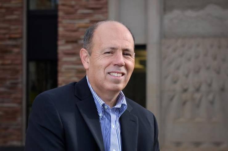 Paul Campos, profesor de științe juridice la Universitatea statului Colorado--Boulder