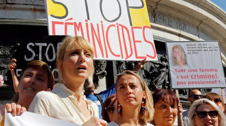 Manifestaţie la Paris împotriva feminicidelor conjugale, iulie 2019.