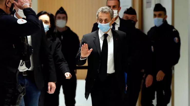 Nicolas Sarkozy sosind la Tribunalul din Paris pe 7 decembrie 2020.