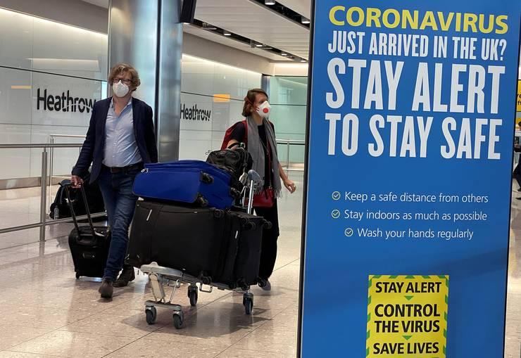 Pasageri sosiți pe aeroportul Heathrow
