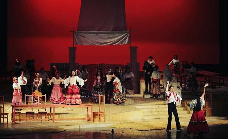"""Opera """"Carmen"""" pe scena Operei Naționale București"""