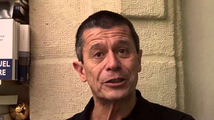 Scriitorul francez Emmanuel Carrère