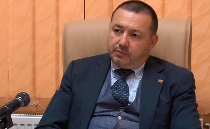 Cătălin Rădulescu îl ironizează pe Călin Popescu Tăriceanu: Poate a avut o zi proastă (Sursa foto: Facebook/Cătălin Rădulescu)