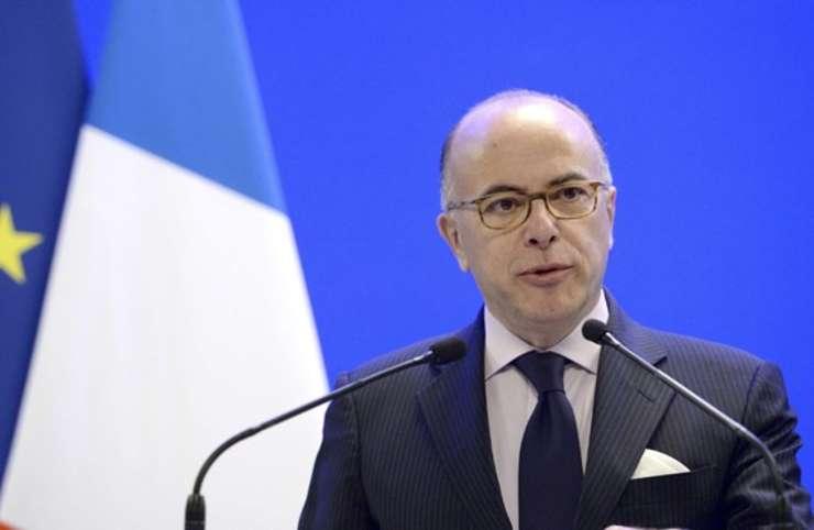 Ministrul francez de interne Bernard Cazeneuve