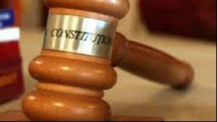 CCR: u exista un conflict intre puterea judecatoreasca si cea executiva