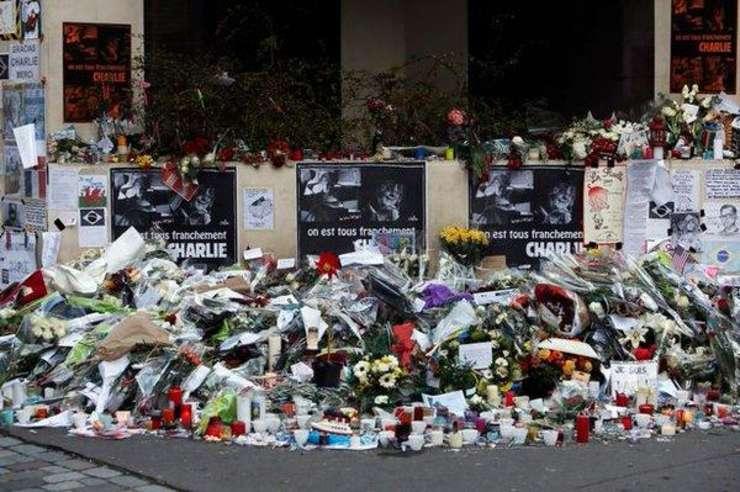 Franta incepe seria comemorarilor laun an dupa Charlie Hebdo