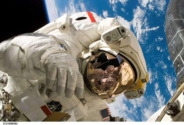 Misiunile spaţiale, o provocare pentru astronauţi (Sursa foto: pixabay)