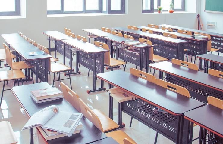 Reprezentanţii elevilor, părinţii şi experţi în educaţie atrag atenţia că în sistemul de educaţie domneşte haosul.