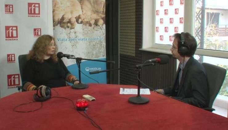 Roxana Bojariu, în studioul RFI (arhivă)