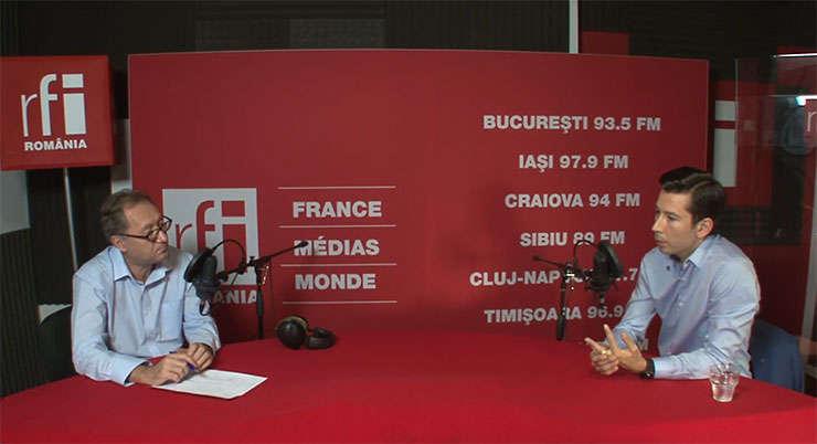 Constantin Rudnitchi si Cătălin Niţă in studioul RFI Romania