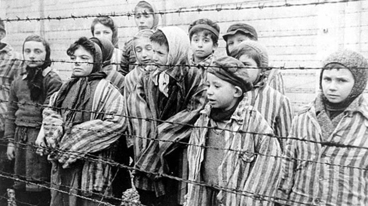 Copii supraviețuitori ai Holocaustului