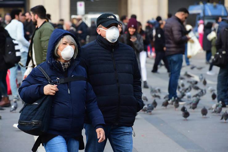 Rafila: Dacă vor apărea foarte multe cazuri de coronavirus în România, formele ușoare și medii vor fi tratate acasă