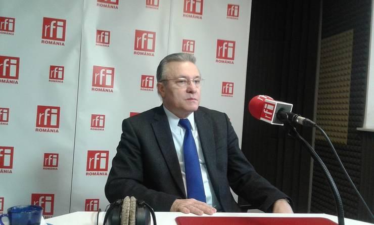 Cristian Diaconescu e de părere că evaluarea Ministerului Public o poate face CSM, nu ministrul Justiţiei (Foto: RFI/Şerban Georgescu)