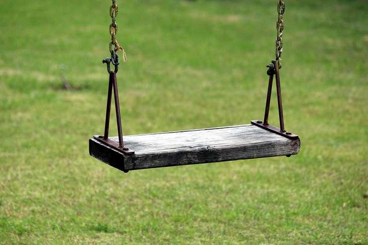 Copiii nesupravegheaţi, cele mai sigure victime ale pedofililor (Sursa foto: pixabay)