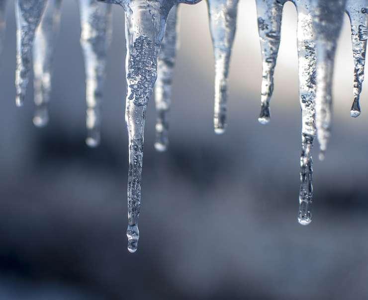 Vremea rea duce la închiderea unor şcoli (Sursa foto: pixabay)