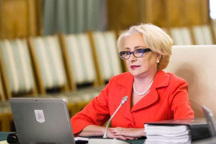 Premierul Viorica Dăncilă îşi prezintă astăzi, de la ora 14:00, bilanţul primelor 6 luni de guvernare.