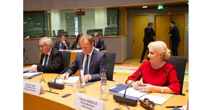 """Premierul Viorica Dăncilă a negociat pentru România funcţia de comisar european pentru Transporturi, susţin surse politice pentru """"Adevărul""""."""
