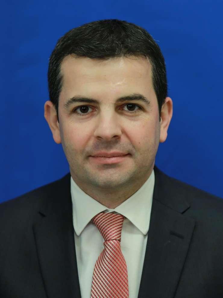 Daniel Constantin şi-a lansat un partid nou, Pro România (Sursa foto: www.cdep.ro)