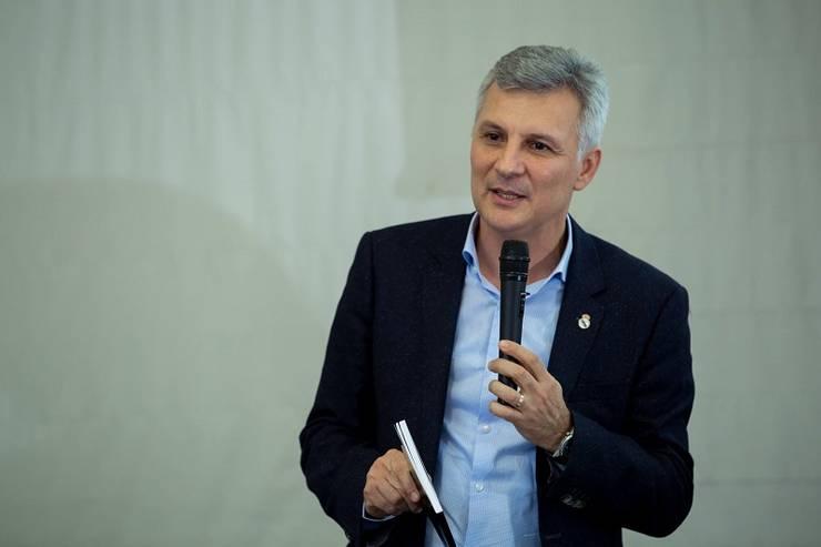 Daniel Zamfir îl critică pe ministrul de Finanțe, Florin Cîțu (Sursa foto: Facebook/Daniel Zamfir)