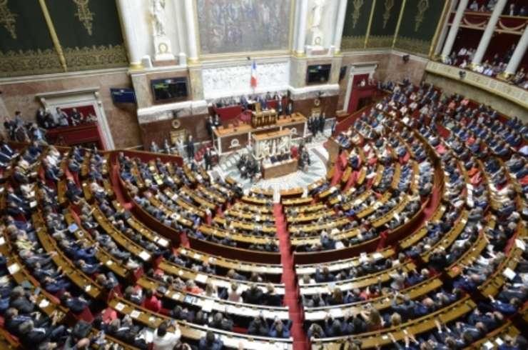 Deputatii au votat bugetul pentru 2018 - este primul din mandatul lui Emmanuel Macron