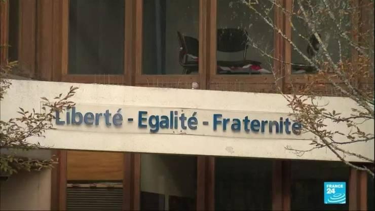 Deputatii dezbat cele 51 de articole ale proiectului de lege prin care se doreste împiedicarea separatismului în Franta.