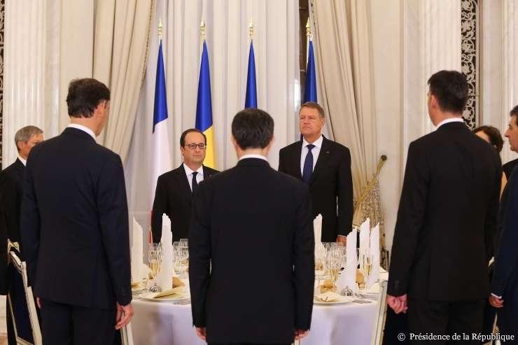 Presedintii Klaus Iohannis si François Hollande la cina de stat de la Palatul Cotroceni, 13 septembrie 2016