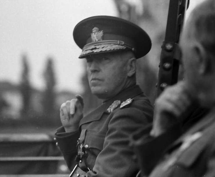 Mareşalul Ion Antonescu