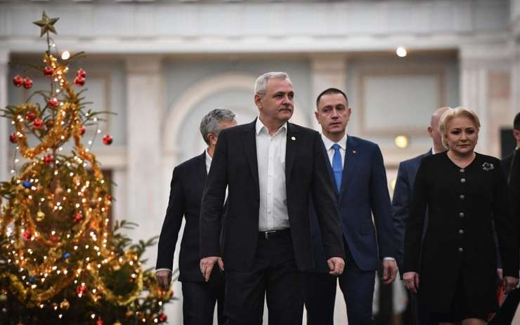 "Premierul Viorica Dàncilà si liderul PSD Liviu Dragnea, descris de Le Parisien drept ""omul forte al României"""
