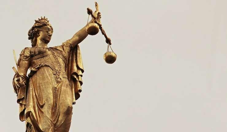 Legile justiţiei vor fi asumate ca iniţiativă parlamentară (Sursa foto: pixabay.com)