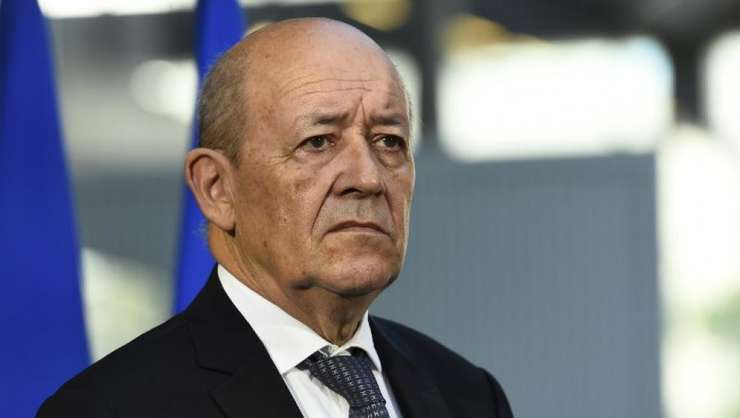 Jean-Yves Le Drian, MAE francez, atacà dur politica guvernului de la Bucuresti