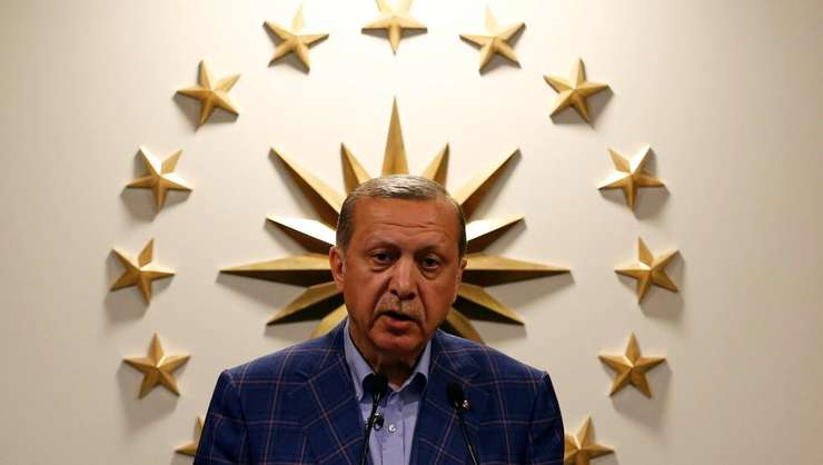 Presedintele Recep Tayyip Erdogan pe 16 aprilie 2017. Observatori internationali afirmà cà referendumul de duminicà a fost inechitabil