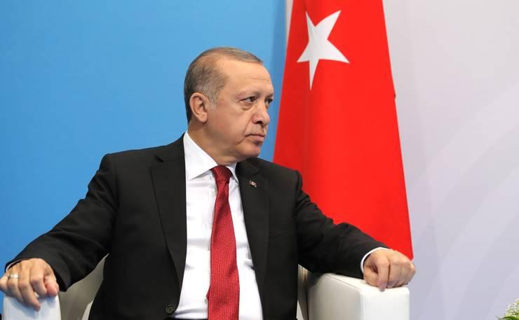 Prin rolul în reducerea efectelor crizei refugiaţilor în Europa, Turcia are o importanţă strategică enormă pentru Berlin