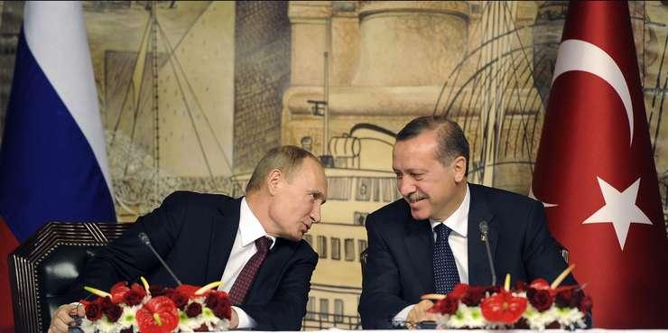 Discuțiile dintre cei doi lideri au loc în Rusia, la Sankt Petersburg, în marja unui forum economic