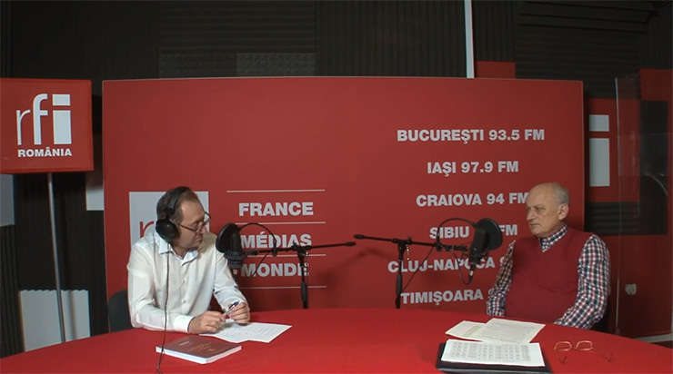 Constantin Rudniţchi și Mihai Ionescu in studioul RFI Romania