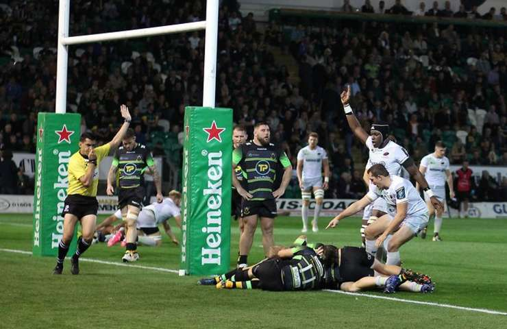 Northampton Saints 13 Saracens 57