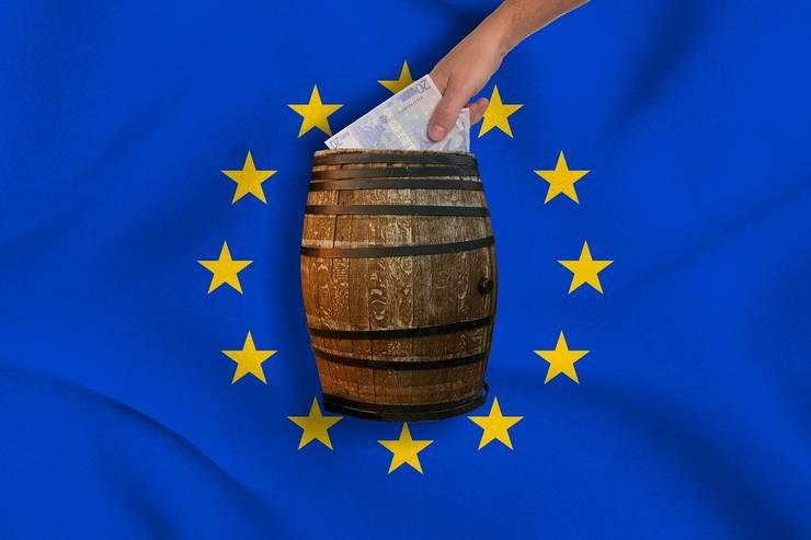 Guvernul a acordat ajutoare de salvare pentru două companii. Comisia Europeana le-a aprobat. Din păcate, șansele ca banii să se piarda sunt mai mari decât ca firmele să fie salvate.