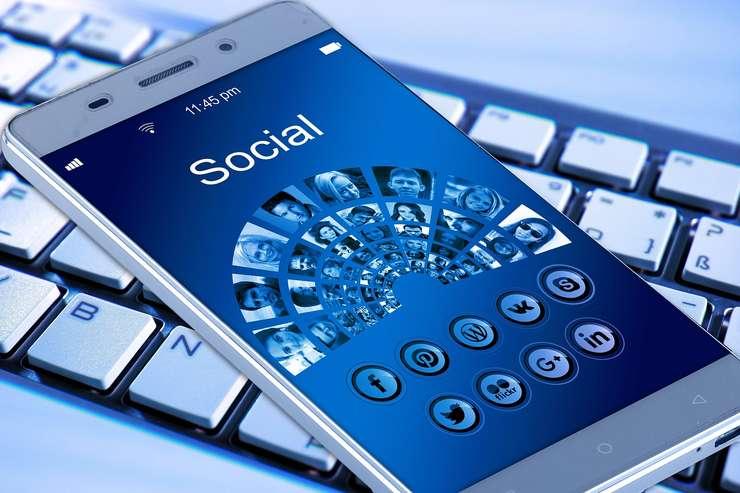 Facebook social network mobile
