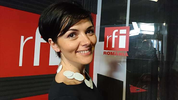 Cameliea Veteleanu in studioul radio