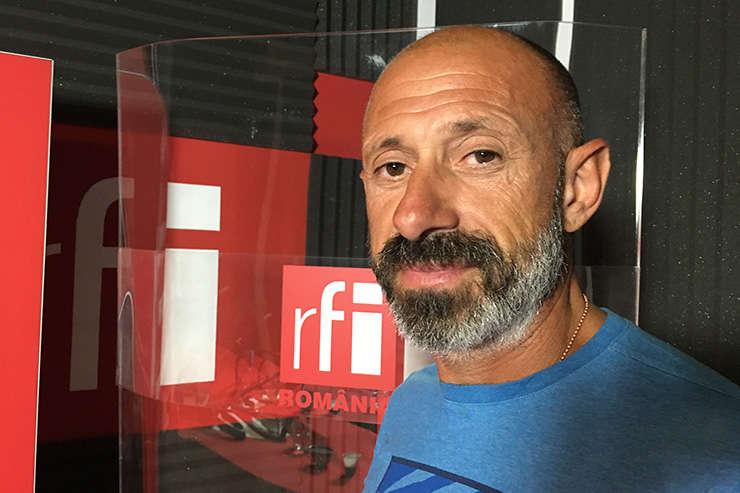 Paul Dicu in studioul RFI Romania