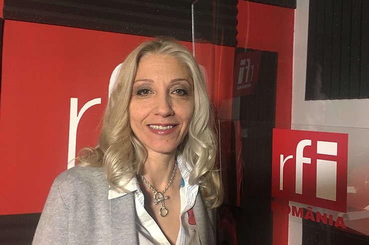 Roxana Tesiu in studioul RFI Romania