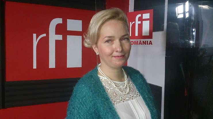 Elena Barbu in studioul RFI Romania