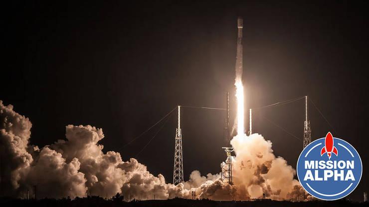 """Racheta """"Falcon 9""""."""